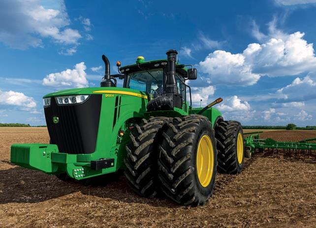 9520R Tractor - 520 hp